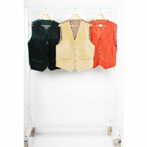 buy per kilo vintage clothing, vintage clothing warehouse uk, wholesale vintage bulk clothes